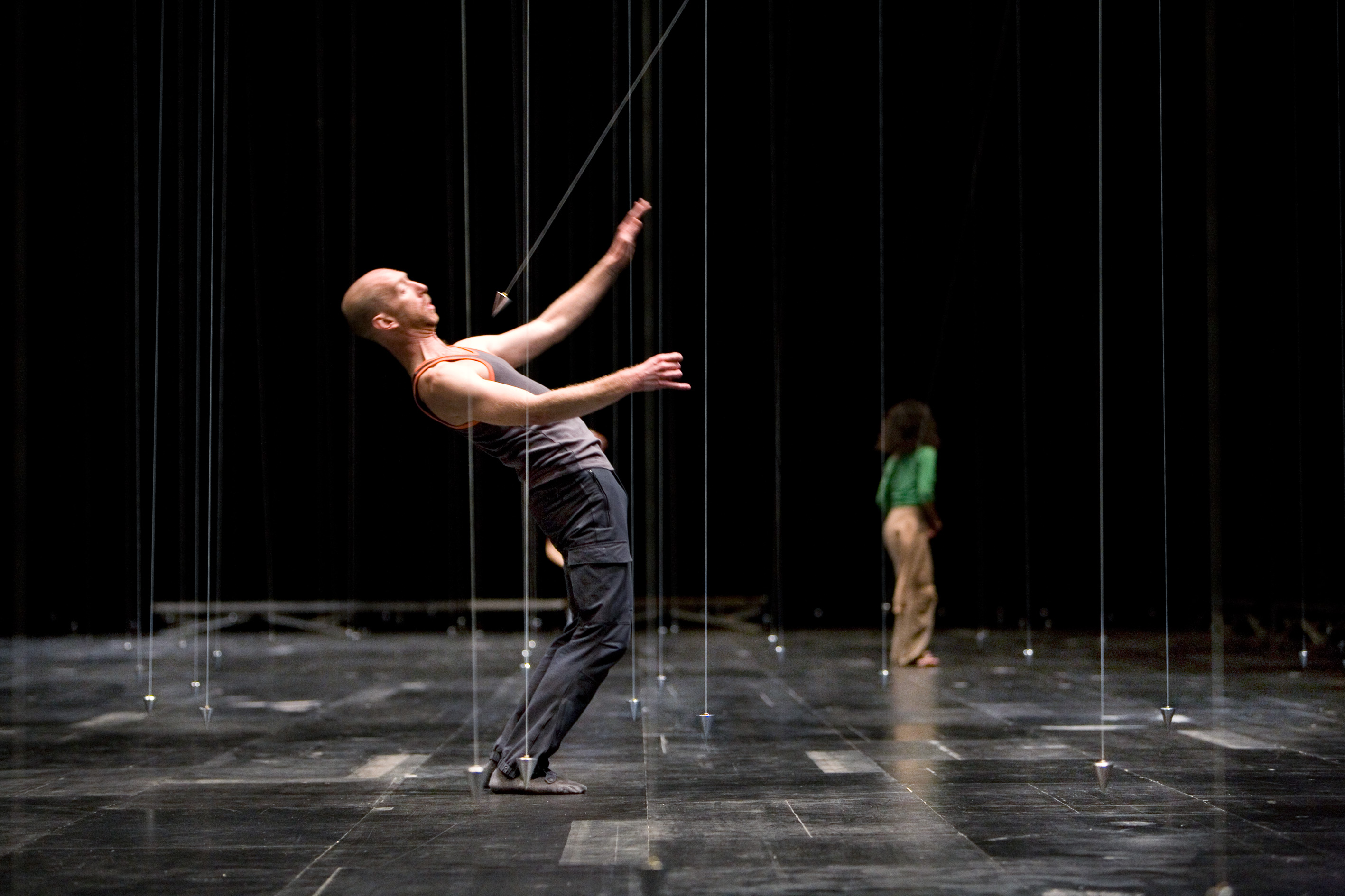 william forsythe My review of sydney dance company's new program, frame of mind, encompassing william forsythe's quintett and rafael bonachela's frame of mind, is now available on dancetabs at this link.
